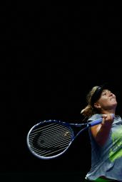 Maria Sharapova Practices - 2014 WTA Finals in Singapore