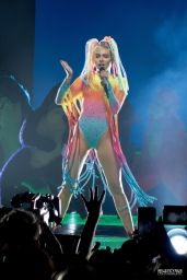 Miley Cyrus Performs at Bangerz Tour in Adelaide - Australia, October 2014