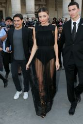 Miranda Kerr - Paris Fashion Week - Shiatzy Chen Show, Sept. 2014