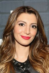 Nasim Pedrad - MULANEY NYC Comedy Showcase - October 2014