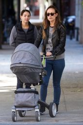 Olivia Wilde Street Style - Taking a Stroll With Her Baby in New York City - Oct. 2014