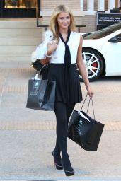 Paris Hilton Shopping in Beverly Hills - Oktober 2014