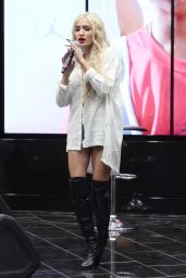 Pia Mia Perez Performs at The Shoe Palace in Hollywood - September 2014