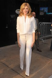 Rene Russo Arriving to Appear on Good Morning America in New York City - October 2014