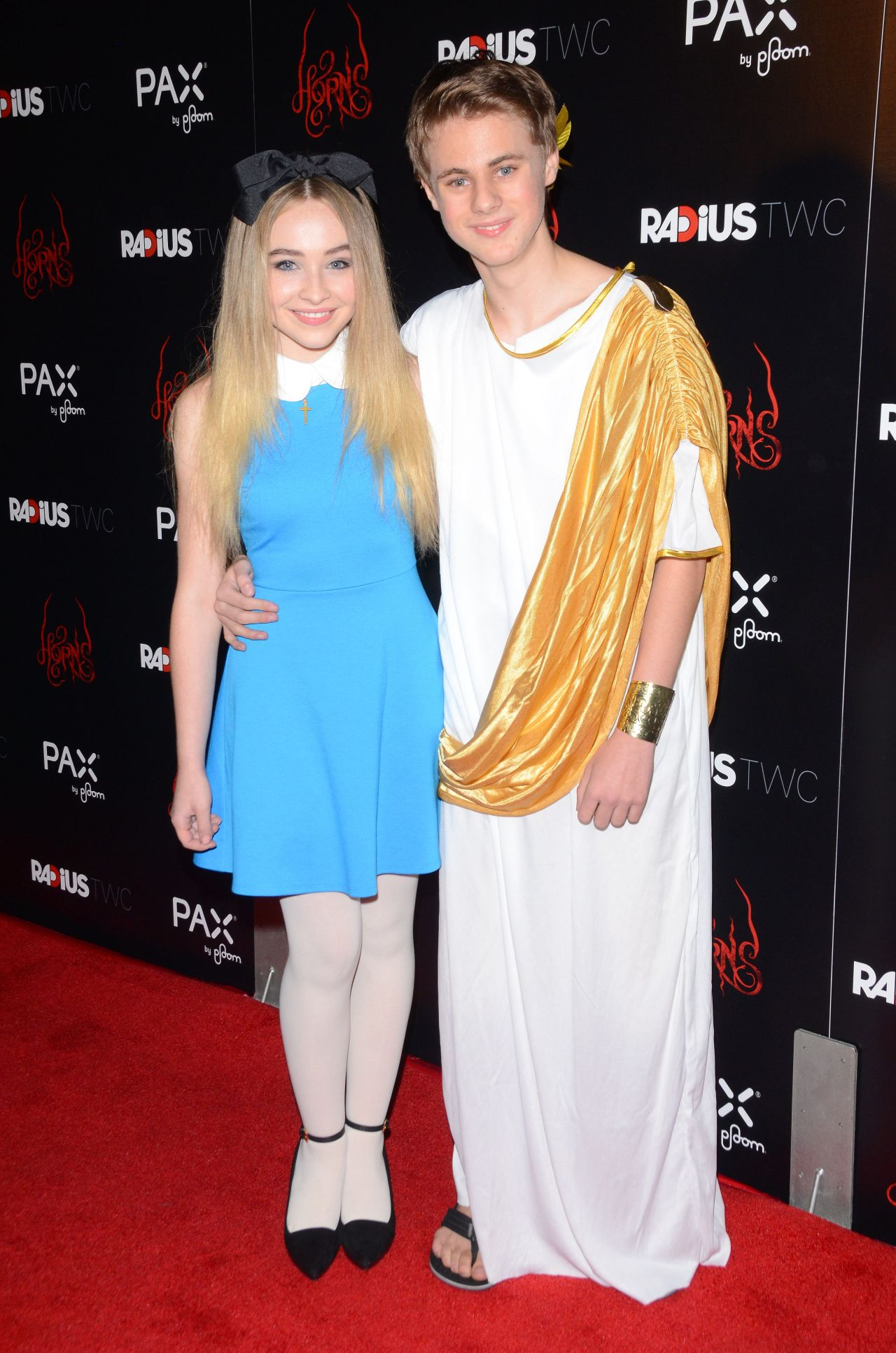 Who is Sabrina Carpenter dating? Sabrina Carpenter ...