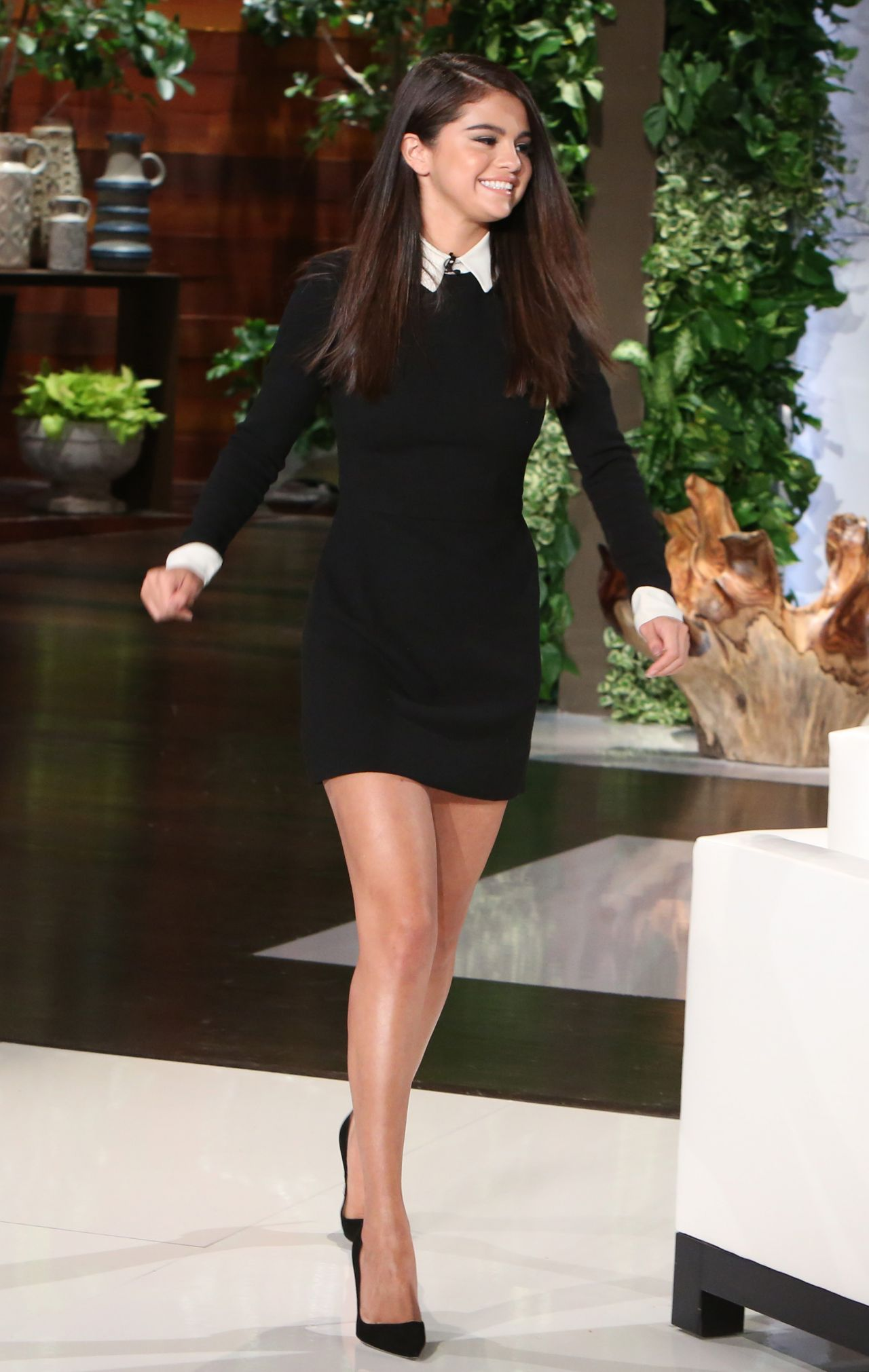 Selena Gomez Appeared on Ellen DeGeneres Show in Burbank - October 2014