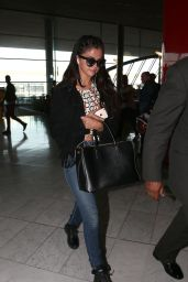 Selena Gomez Casual Style - at Charles De Gaulle Airport in Paris - Oct. 2014