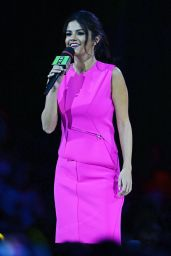 Selena Gomez Pretty in Pink Dress - Hosting