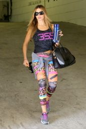 Sofia Vergara - Leaving a Gym in Beverly Hills - October 2014