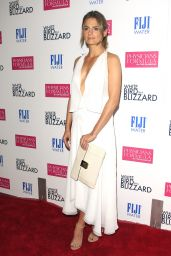 Stana Katic – 'White Bird in a Blizzard' Premiere in Los Angeles