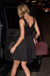 Taylor Swift Leggy - Leaving Her Apartment in NYC - October 2014