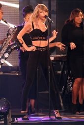 Taylor Swift Performs at Jimmy Kimmel Live in Hollywood - October 2014