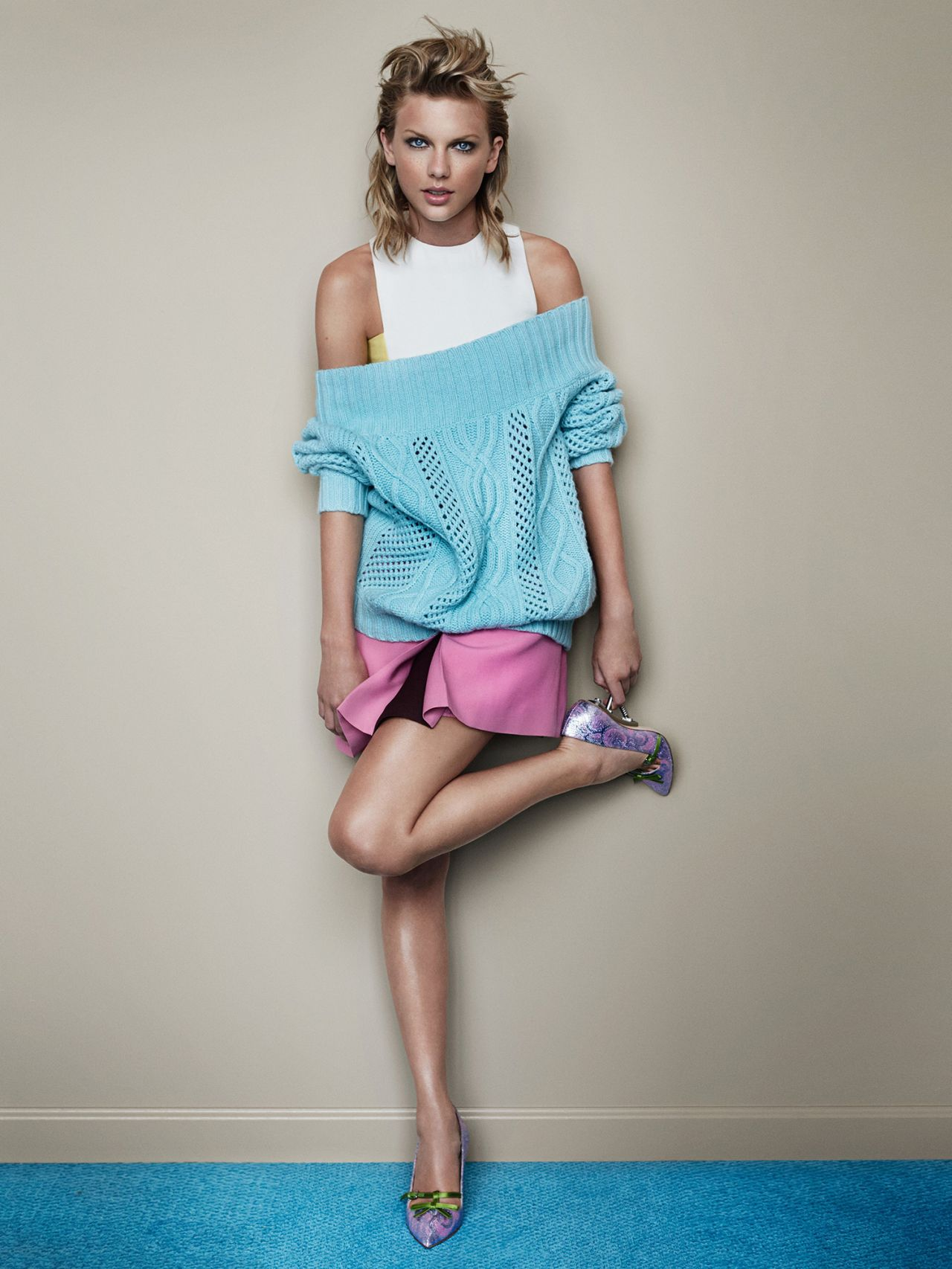 Taylor Swift – Vogue Magazine (UK) – November 2014 Photoshoot