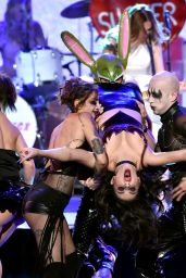 Charlie XCX Performs at 2014 American Music Awards in Los Angeles