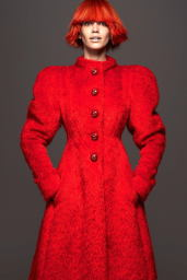 Amanda-Wellsh-2014-Vogue-02