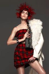 Amanda-Wellsh-2014-Vogue-03