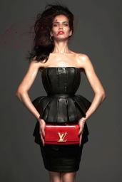 Amanda-Wellsh-2014-Vogue-13