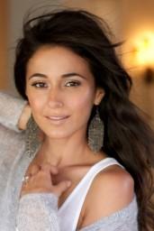 Emmanuelle Chriqui-2014-01