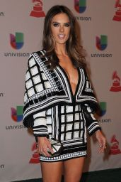 alessandra-ambrosio-2014-latin-grammy-awards_2