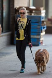 Amanda Seyfried in Leggings - Walking Her Dog in New York City - Nov. 2014