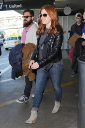 Amy Adams Street Fashion - at LAX Airport in Los Angeles - November 2014
