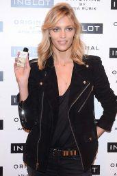 Anja Rubik - Premiere of Her Perfume