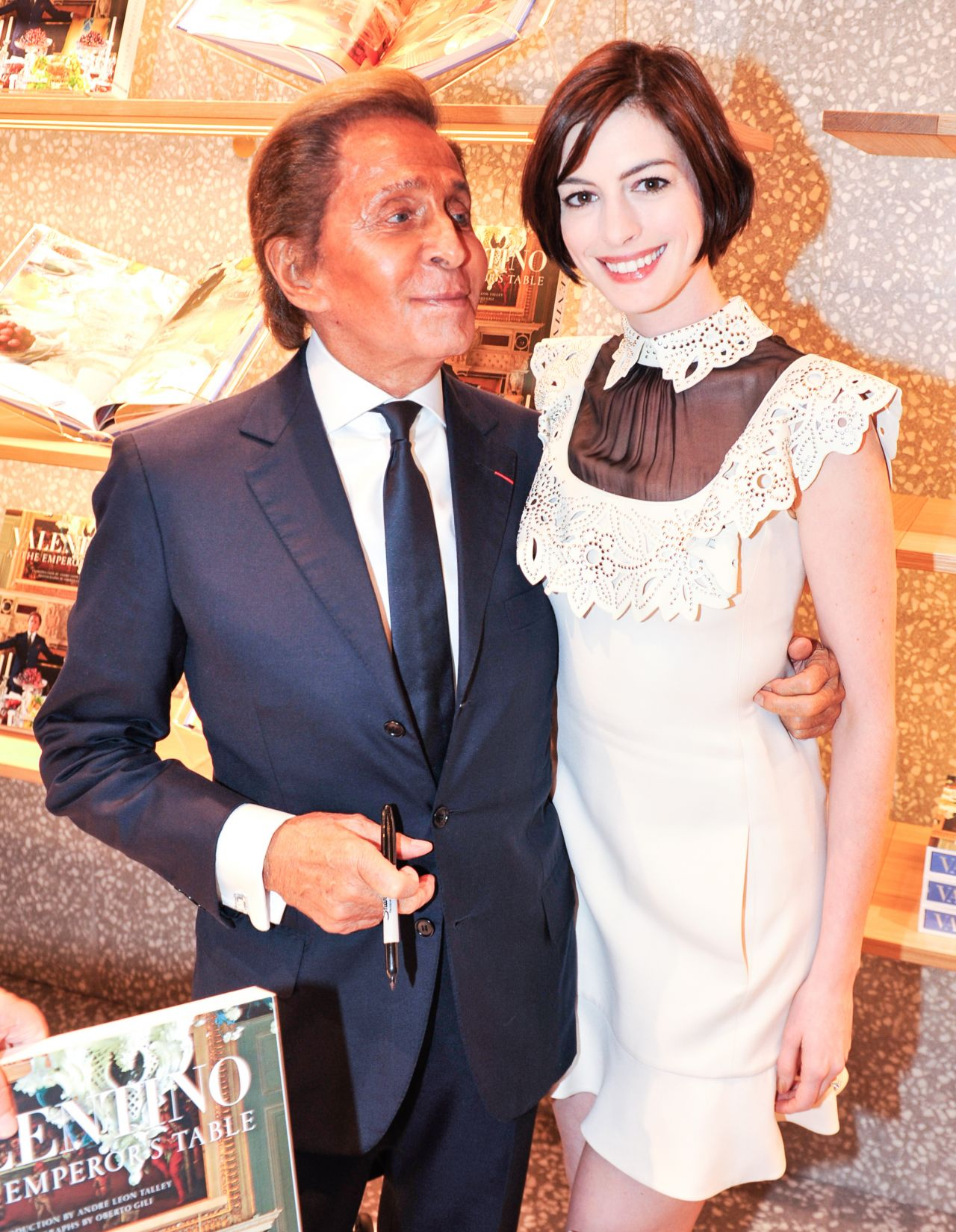Anne Hathaway & Valentino -
