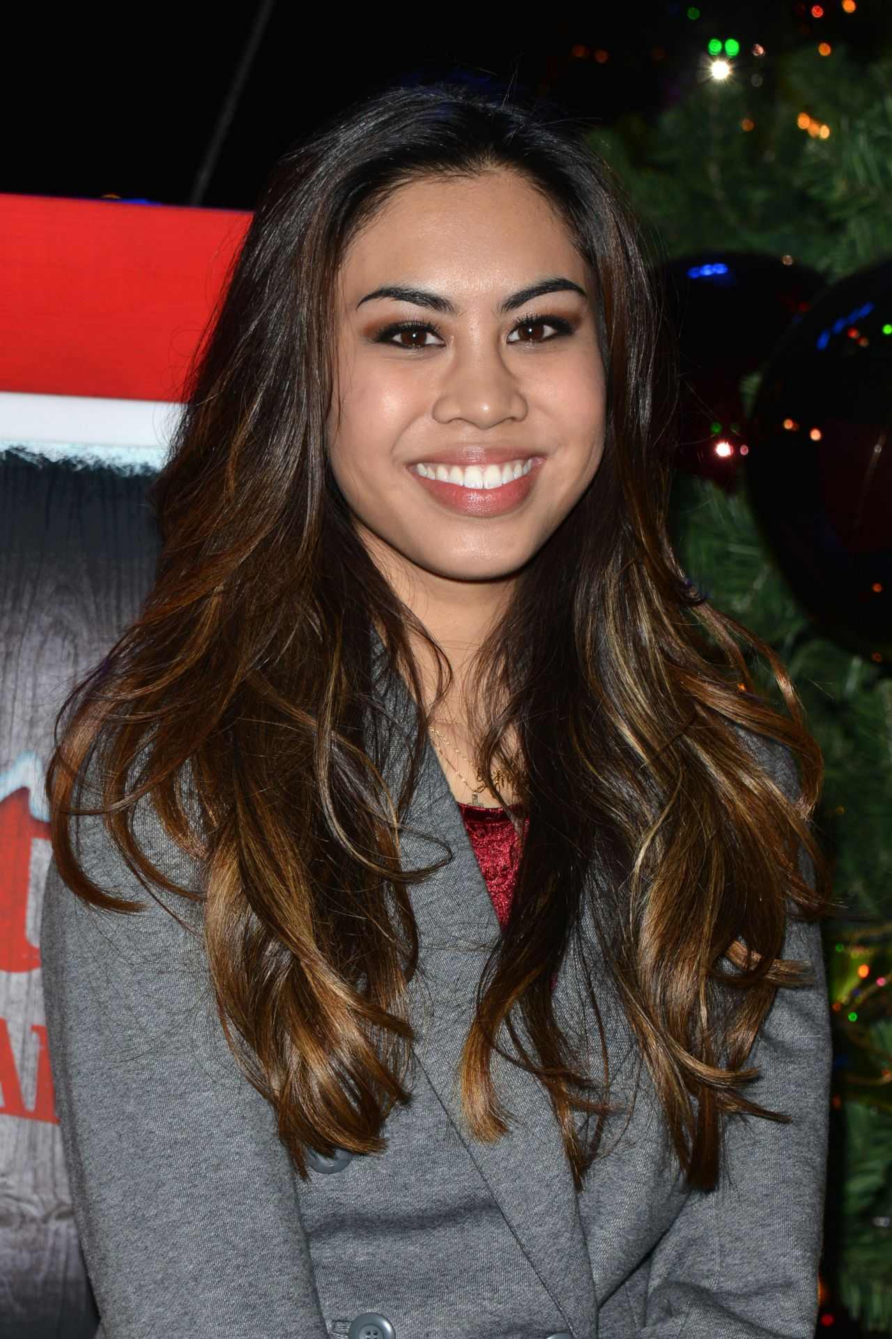 Ashley Argota - Knotts Merry Farm Holiday Tree Lighting In Buena Park - November 2014-7015