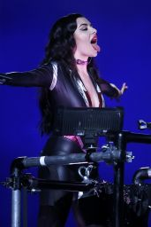 Charli XCX Performs at MTV EMA