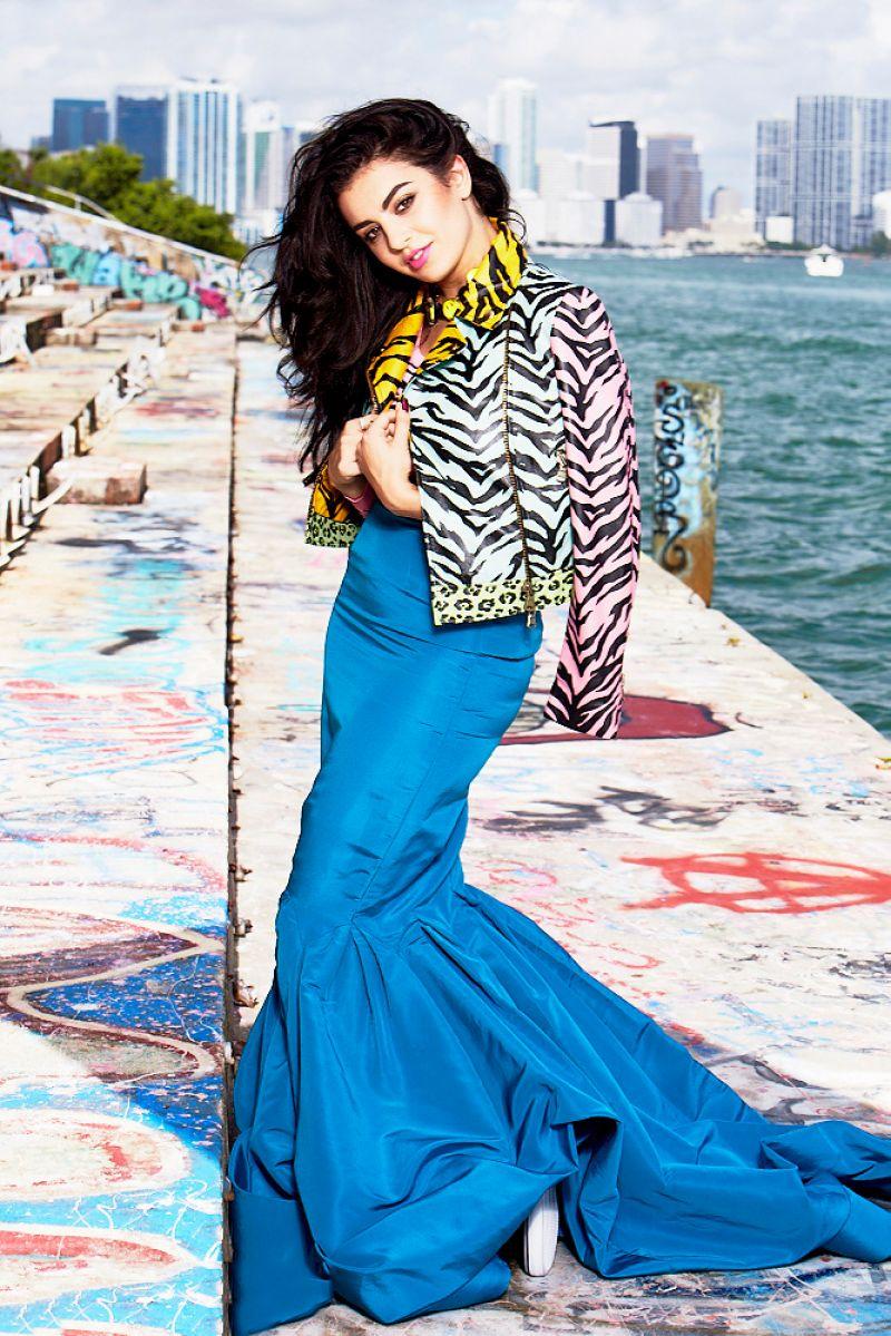 Charli XCX - Photoshoot for Seventeen Magazine - December 2014