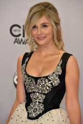 Clare Bowen – 2014 CMA Awards in Nashville