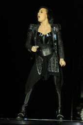 Demi Lovato - Performs in London at O2 Arena during Enrique Iglesias