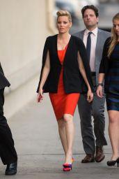 Elizabeth Banks Arriving to Appear on