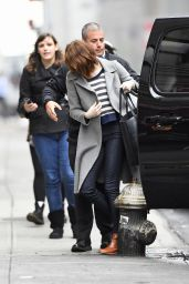 Emma Stone - Arriving at Her Play