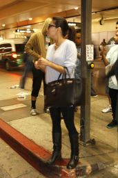 Eva Longoria Arrives at Los Angeles International Airport - November 2014