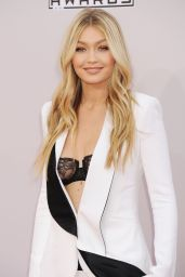 Gigi Hadid Red Carpet Photos – 2014 American Music Awards in Los Angeles