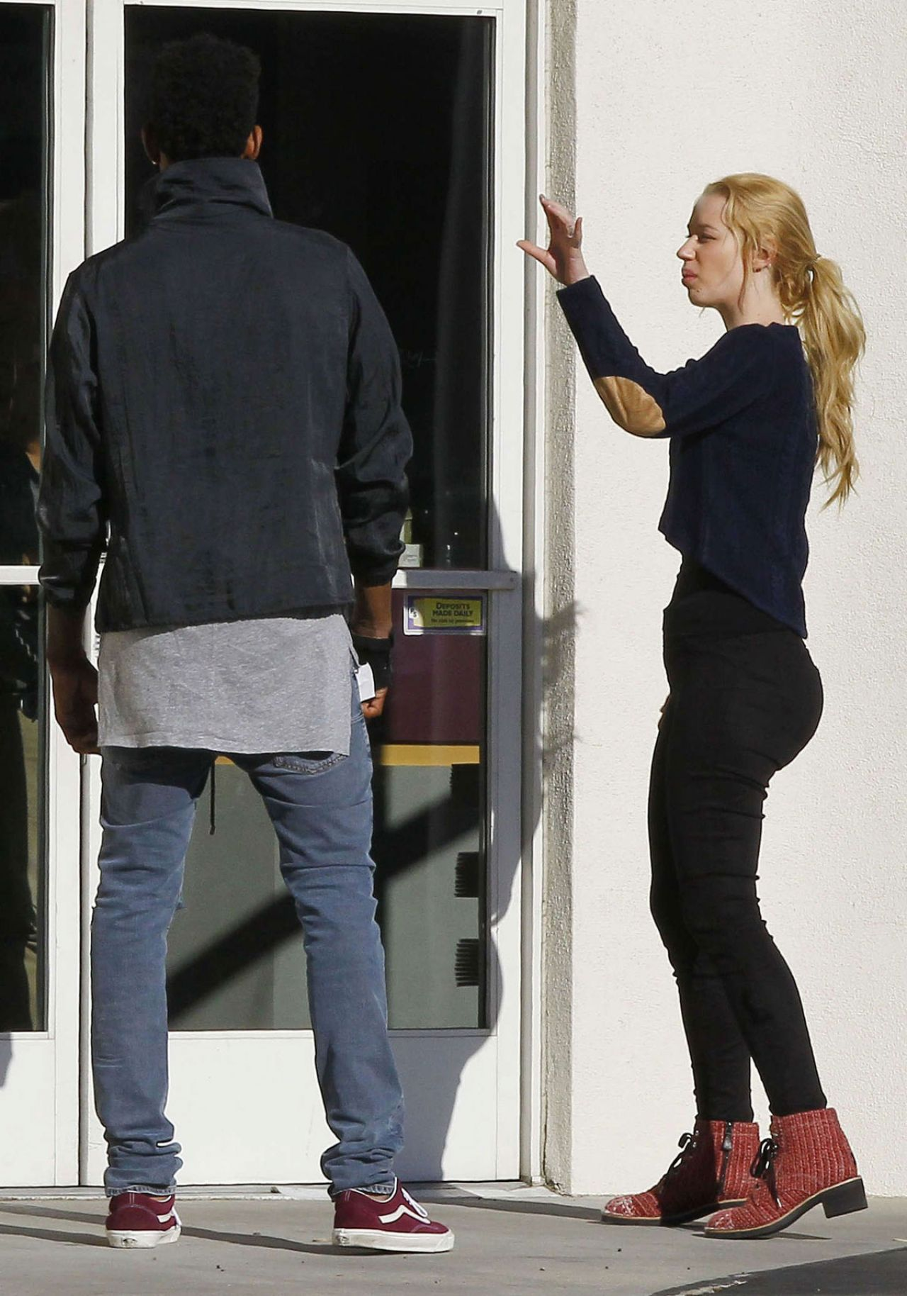 Iggy Azalea Booty Out In Los Angeles November 2014