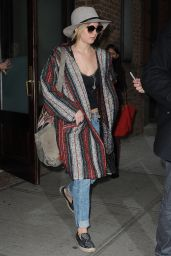 Jennifer Lawrence Street Style - Leaving Her Hotel in New York City - November 2014
