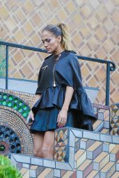 Jennifer Lopez Style - Mansion in the Hollywood Hills for a Photoshoot - November 2014