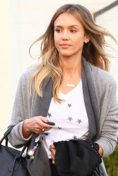 Jessica Alba Casual Style - Out in Santa Monica, November 2014