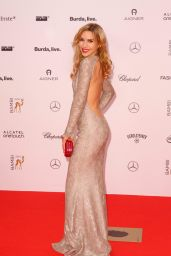 Julia Dietze - Bambi Awards 2014 in Berlin