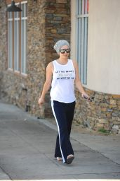 Kaley Cuoco - Leaving the Yoga Studio - November 2014
