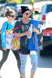 Kaley Cuoco Leggings - Leaving Yoga Class in Studio City - November 2014