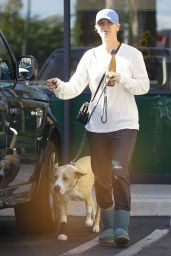 Kaley Cuoco - Out in Los Angeles - November 2014
