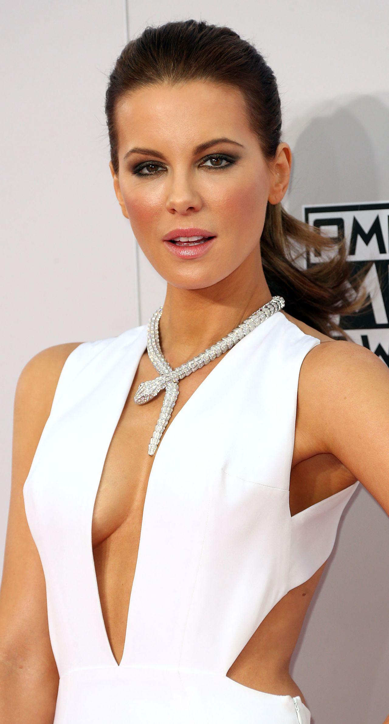Kate Beckinsale Red Carpet Photos – 2014 American Music ... Kate Beckinsale