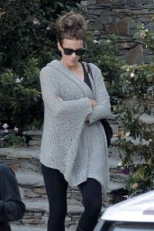 Kate Beckinsale Style - Out in Los Angeles, November 2014