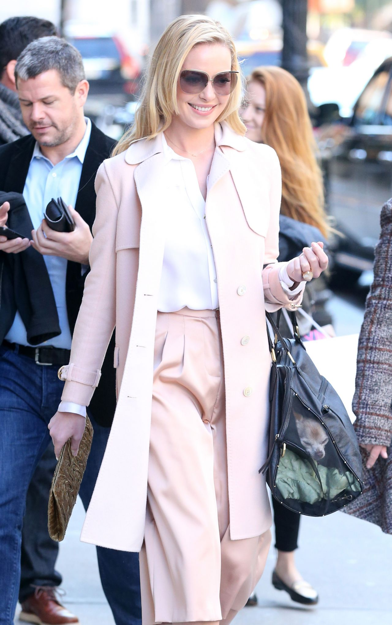 Katherine Heigl Style - Out in New York City - November 2014