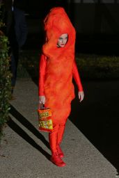 Katy Perry - Dressed As A Cheeto Arriving At Kate Hudson