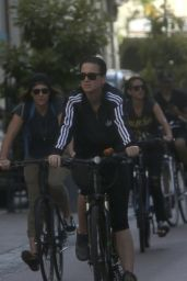 Katy Perry - Going For A Bicycle Ride In Perth in Australia - November 2014