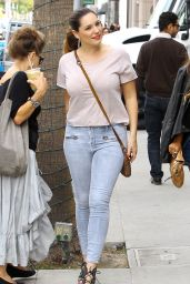 Kelly Brook Booty in Jeans - Shopping in Beverly Hills, November 2014
